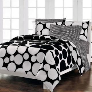 Loft Style Spot The Dot Modern Bedding Comforter Set, Black, Full