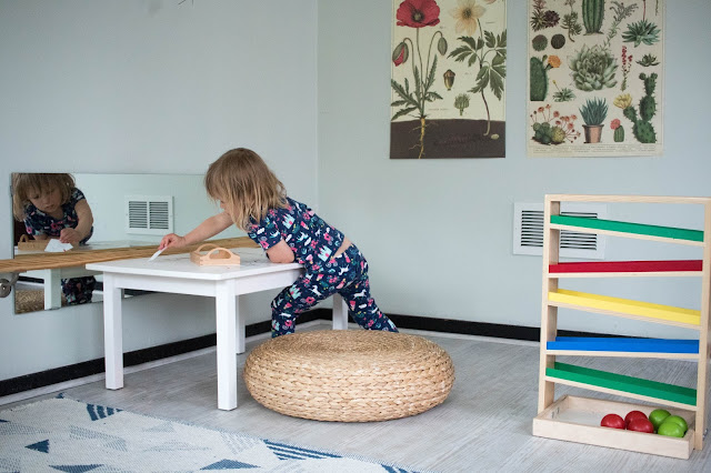 5 things you can do today to incorporate Montessori friendly play in your home.
