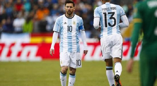 Lionel Messi Bakal Hancurkan Prestasi Eduardo Vargas