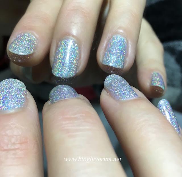 flormar glitter nail enamel gl14 holographic silver oje beyaz ışık