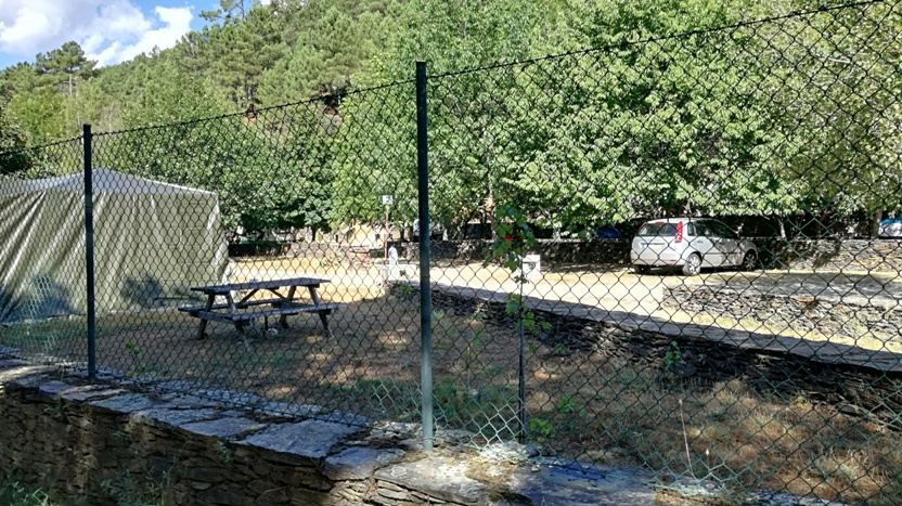 Parque de Carqavanismo da relva da Reboleira