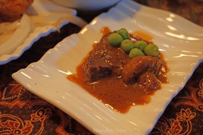 Bistik Lidah Sapi, menu favorit di Bale Raos Restoran