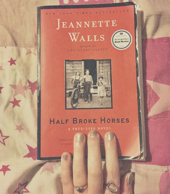 jeannette walls writing style Jeannette walls and her siblings grew up with a childhood you  she's writing  perhaps because it's simply not her style — gives you the events.