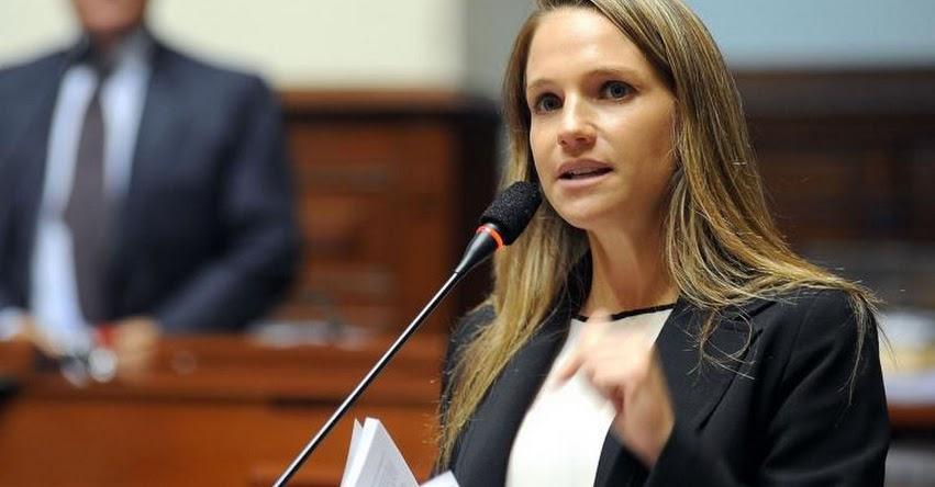 Fiscalía allana departamento de la excongresista aprista Luciana León, por caso «Los Intocables Ediles» de La Victoria