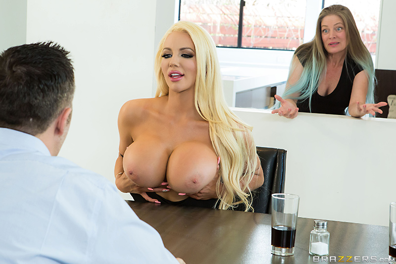 UNCENSORED [brazzers]2017-04-05 Don't Bring Your Sister Around Me, AV uncensored