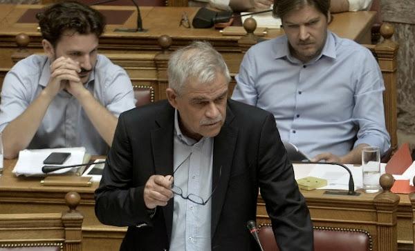 Το αστείο της ημέρας Τόσκας: «Επιφυλάσσουμε σκληρότερη αντιμετώπιση στους μπαχαλάκηδες»