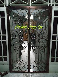 pintu kawat nyamuk besi tempa