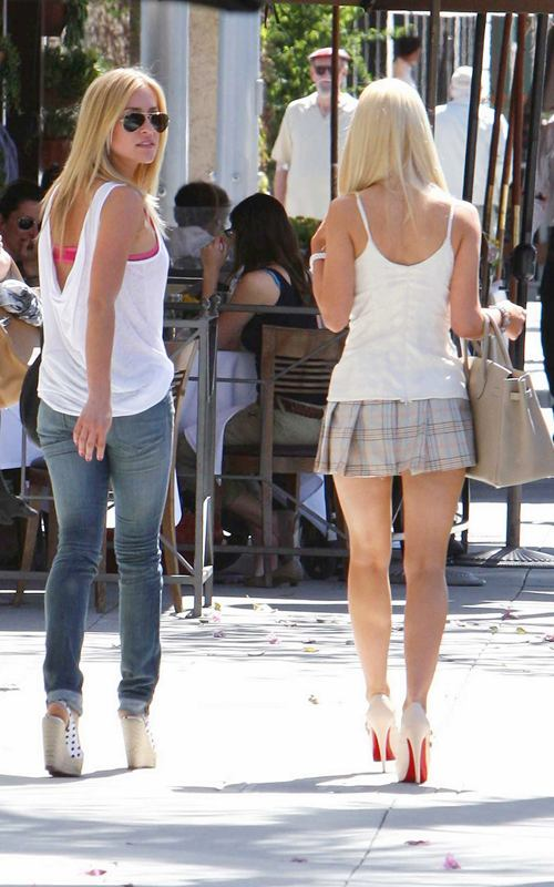 Hayden Panettiere Hd Wallpaper Hot Bio Celebrity Pictures Heidi Montag In Beverly Hills