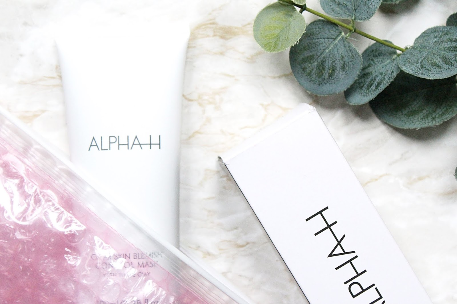 Alpha-H Clear Skin Blemish Control Face Mask