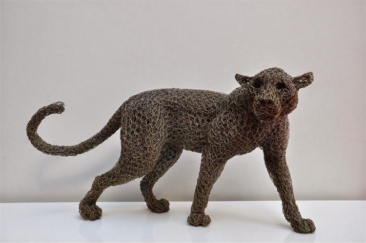 24-Clouded-Leopard-Maquette-Kendra-Haste-Galvanised-Wire-Animal-Sculptures-www-designstack-co