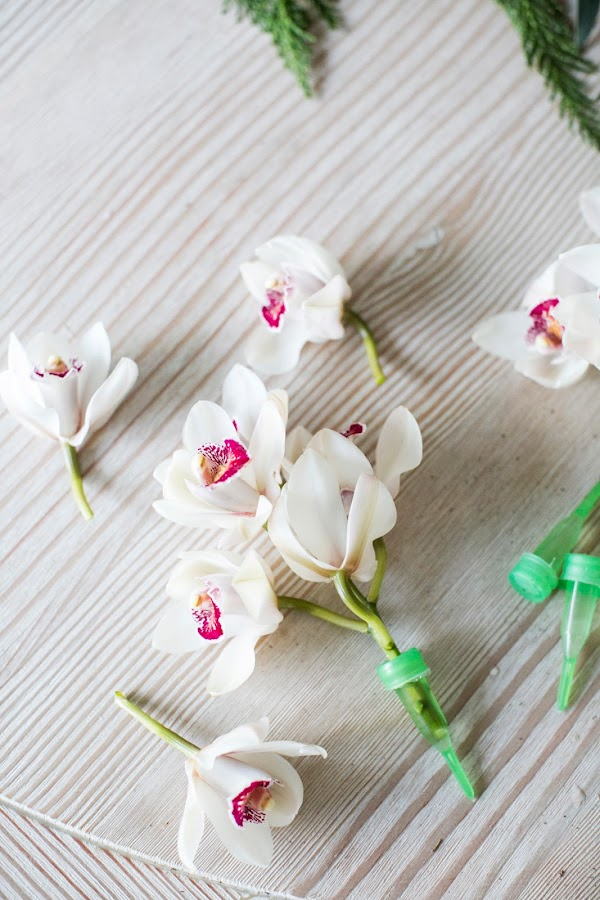 diy-decoracion-espejo-hojas-flores