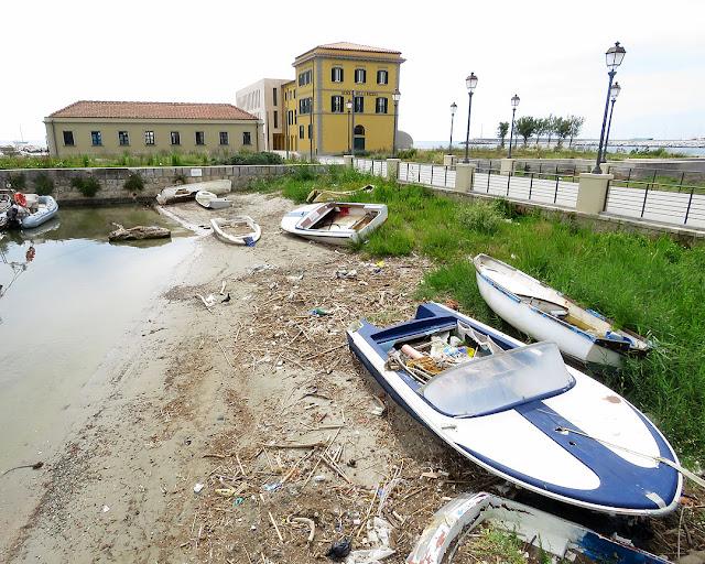 Scoglio della Regina, Viale Italia, Livorno