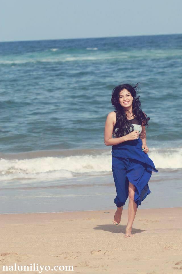 Rithu Akarsha bikini