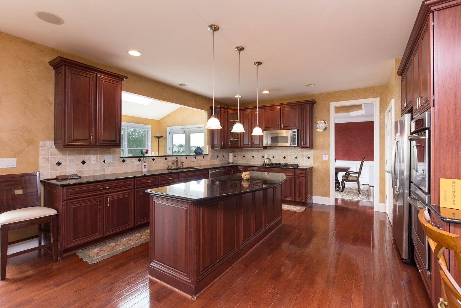 Interior kitchen real estate photography Northville, Canton, Novi, Farmington Hills, Plymouth