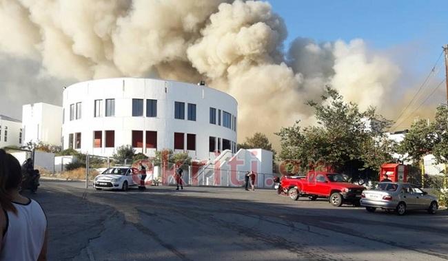 έβαλαν φωτιά στο Πανεπιστήμιο Κρήτης (Βίντεο)