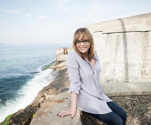 Gloria Perez desmente notícias sobre sua volta às novelas e 'pede' férias