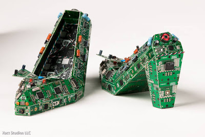 Creative and Cool Ways to Reuse Old Circuit Boards (15) 1