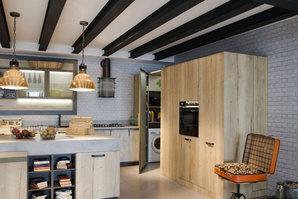 kitchen loft design with Un Ambiente Nada Convencional on Pia De Banheiro De Luxo moreover Mountain Modern Home Martis C in addition Remodelled Rooftop Apartment In New York furthermore Cucina Con Soffitto Basso 8283 also 10 Inspirations Pour Une Cuisine Industrielle 1171193.