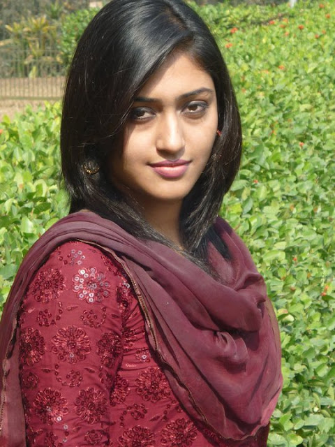 Dj Punjabi Girl Wallpaper Largest Entertainement News And Photo Site In The World