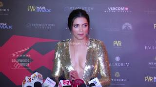 Deepika Padukone Promoting   Return of Xander Cage in India in Golde Gown 83 .xyz.jpg