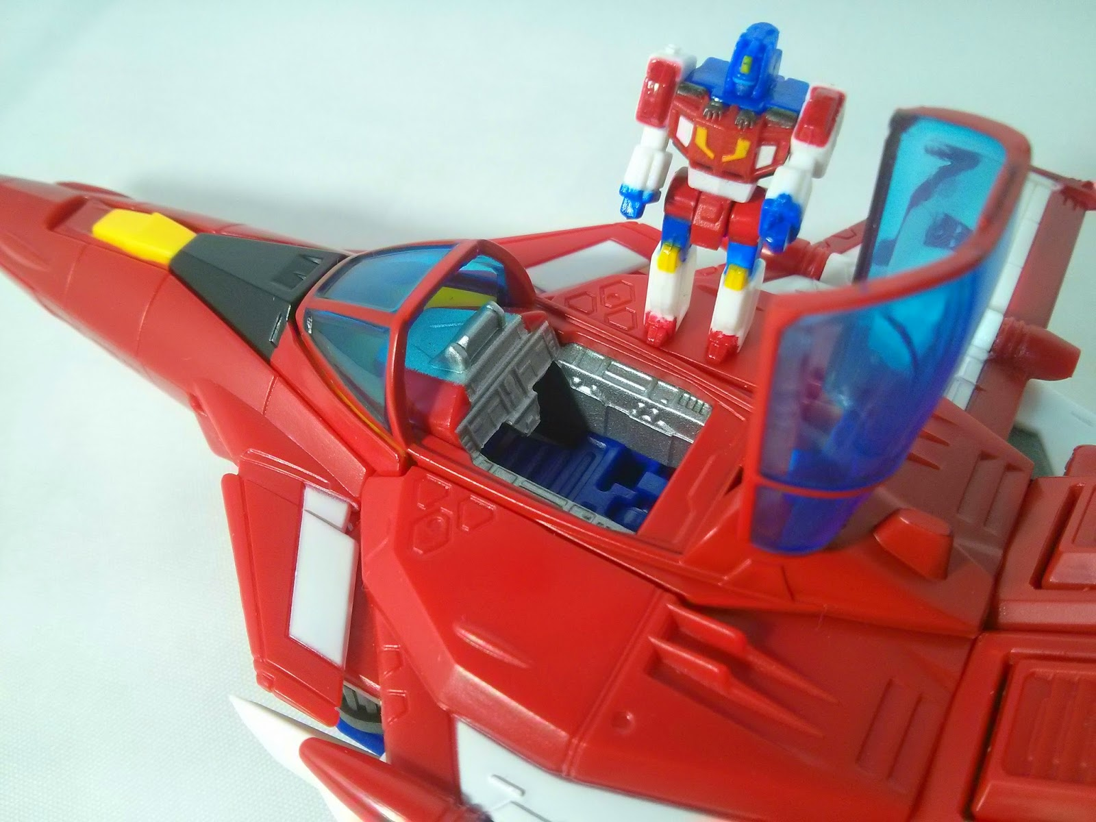Masterpiece Star Saber Cockpit
