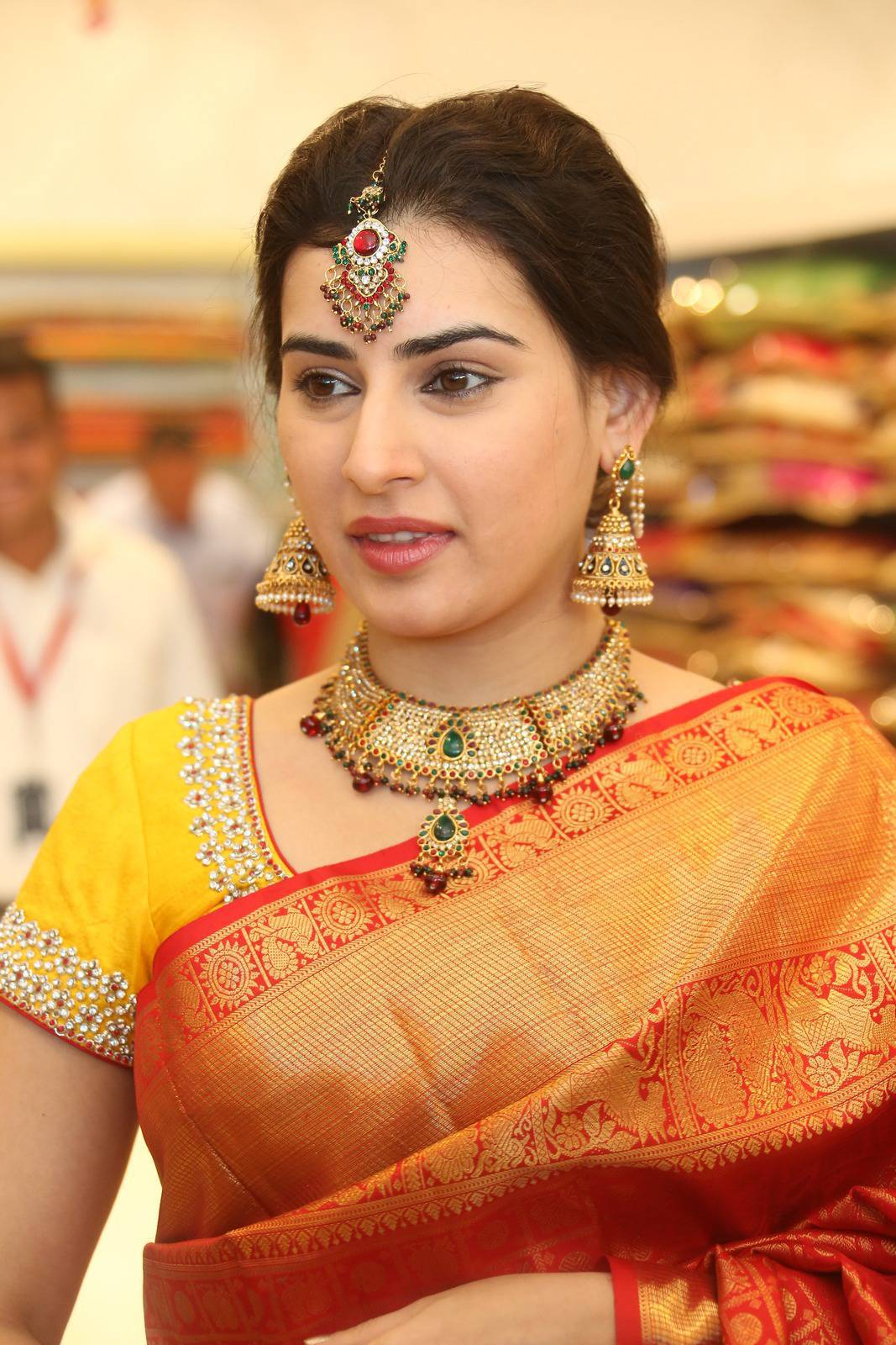 Archana Veda Hot Photos In Red Saree