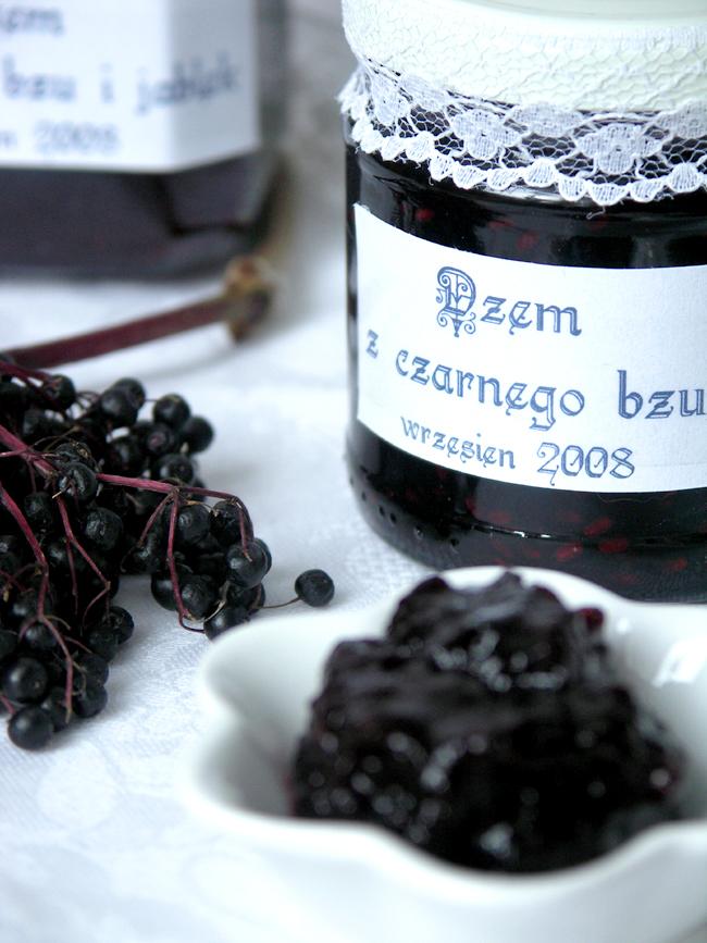 zdrowy i smaczny dżem z owoców czarnego bzu