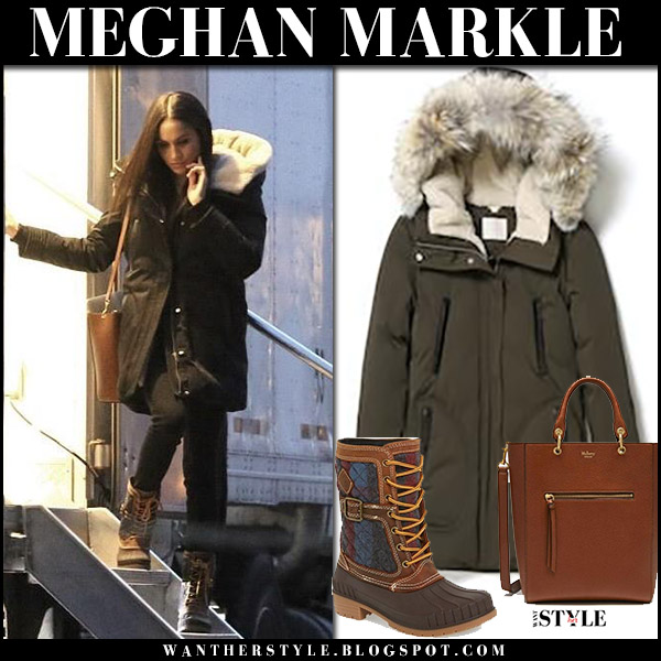 Meghan Markle in khaki green parka soia & kyo, lace up boots kamik sienna and brown bag mulberry suits set november 2017