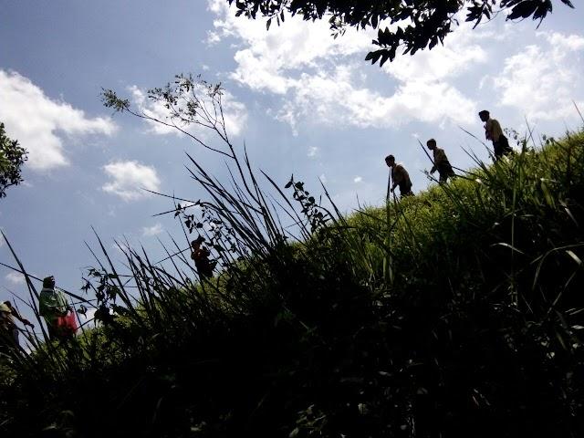 Hiking di Perjusami