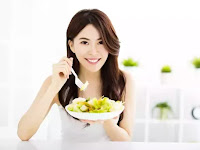 Makan Malam Sebelum 21.00 Bisa Turunkan Risiko Kanker Lho