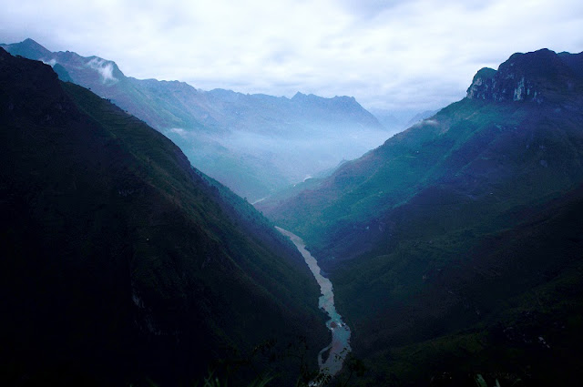 Why is Ha Giang attractive to tourists? 2