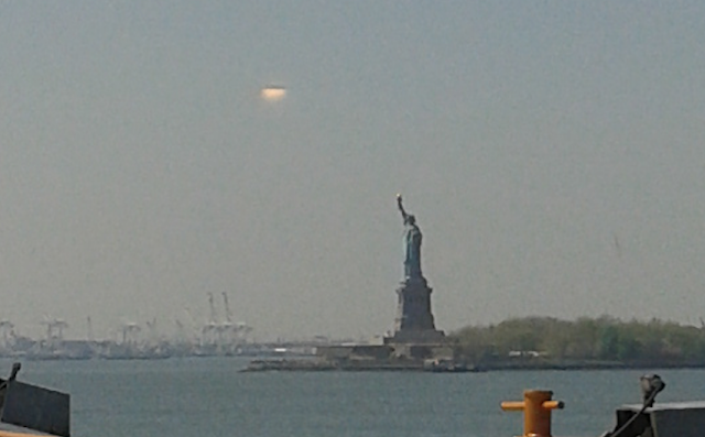 UFO News - Giant UFO Hovers Over Statue Of Liberty In New York plus MORE Statue%2Bof%2Bliberty%252C%2Bfigure%252C%2Bold%2Bman%252C%2BMars%2B%252C%2Bsphinx%252C%2BMoon%252C%2Bsun%252C%2BAztec%252C%2BMayan%252C%2BWarrier%252C%2Bfight%252C%2Btime%252C%2Btravel%252C%2Btraveler%252C%2Brocket%252C%2BUFO%252C%2BUFOs%252C%2Bsighting%252C%2Bsightings%252C%2Balien%252C%2Baliens%252C%2Bpod%252C%2Bspace%252C%2Btech%252C%2BDARPA%252Cgod%252C%2B211%2Bcopy111