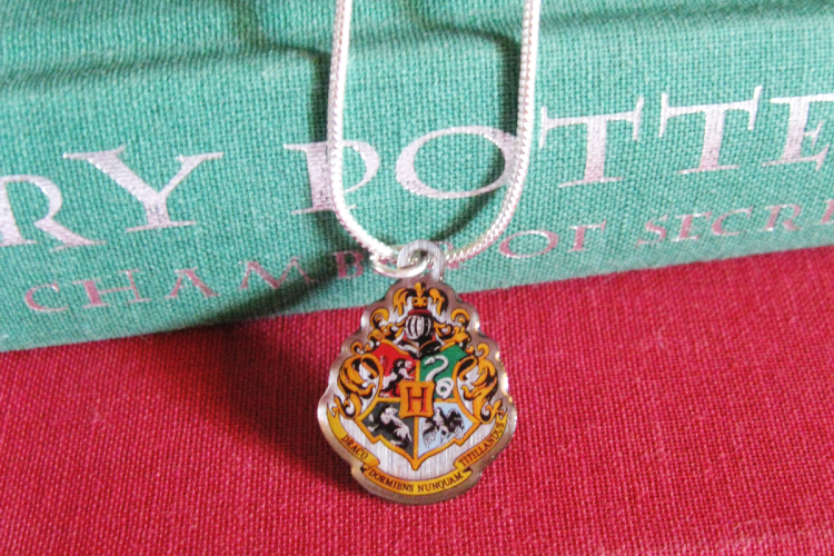 Magic Alley UK Hogwarts Crest Necklace