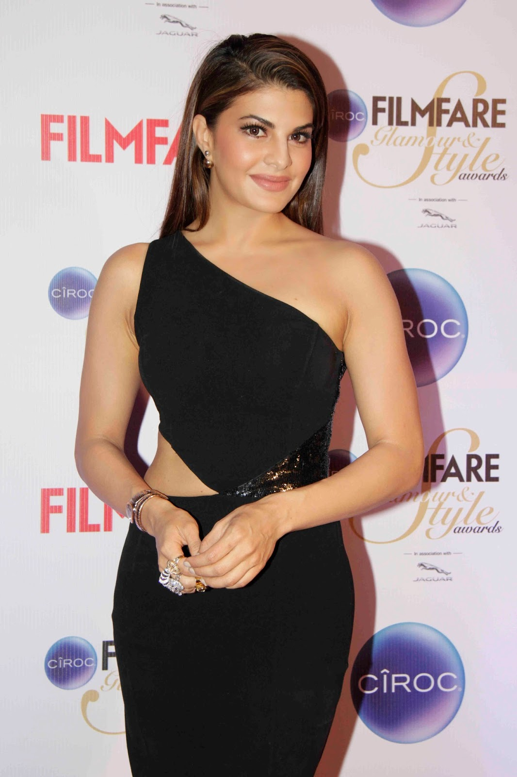 Actress Jacqueline Fernandez Sizzling Photos In Black Gown