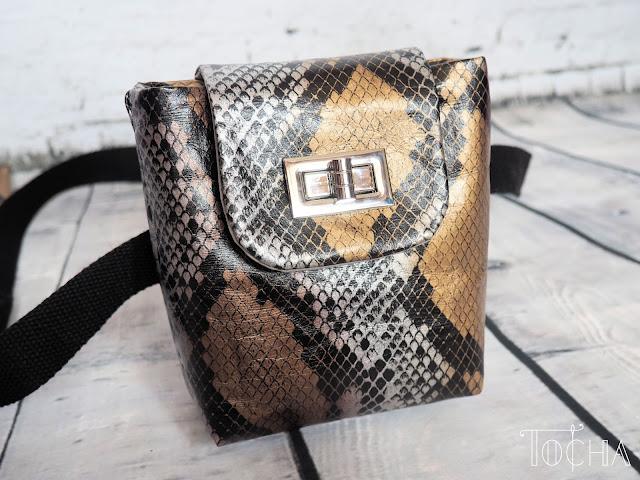 snakeskin, snake, Washpapa, washable paper, paper bag, vegan bag, hip-bag, purse, bum bag, waist bag, fanny bag, Marina Quilt, faux leather, vegan snakeskin, vegan purse, belt