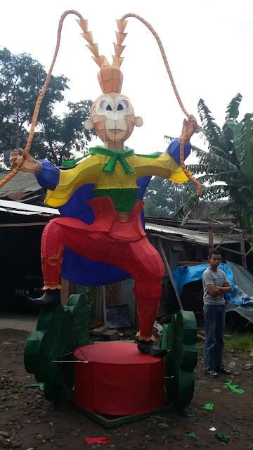 Lampion Sun Gho Ku karya Kampoeng Lampion Malang di Podomoro City