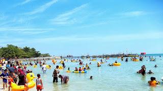 Pantai Bandengan Jepara pasir putih