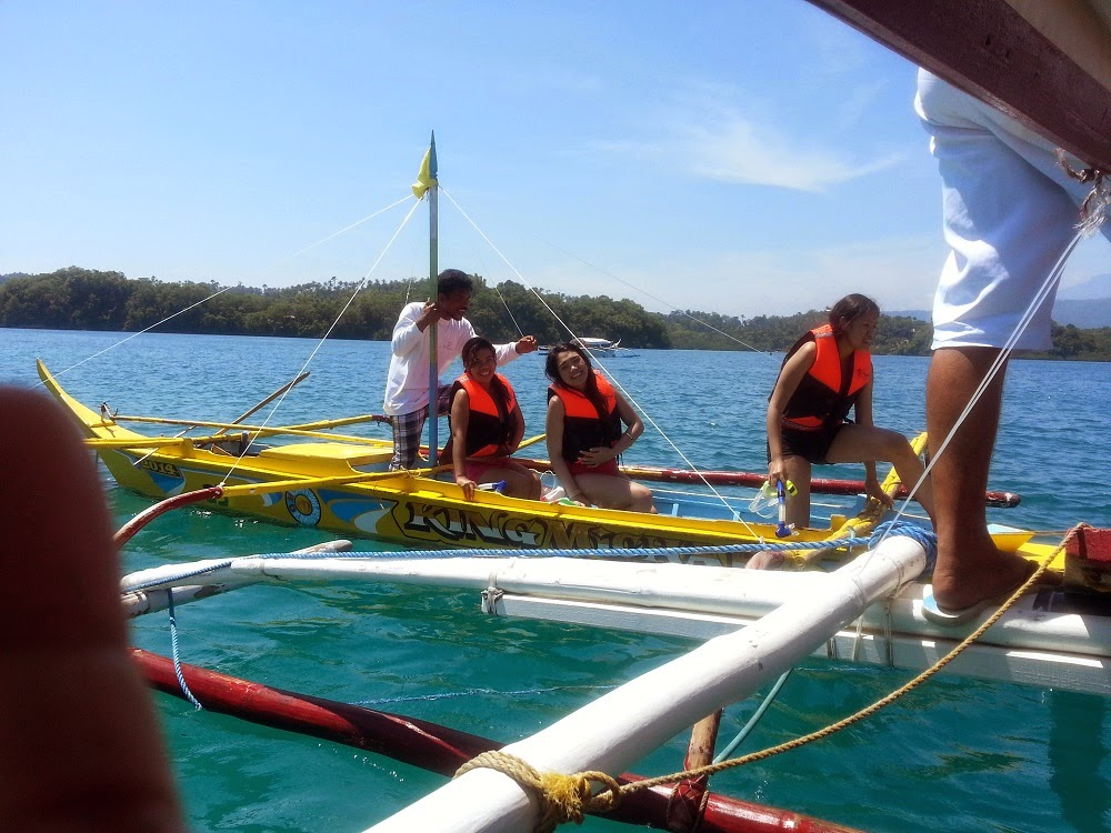 Island Hopping, Oriental Mindoro, Puerto Galera, Sandbar, snorkeling, Travel, MIMAROPA, Luzon, what to do in Puerto Galera,