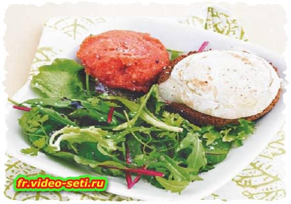 Salade de chèvre chaud et sorbet de tomate