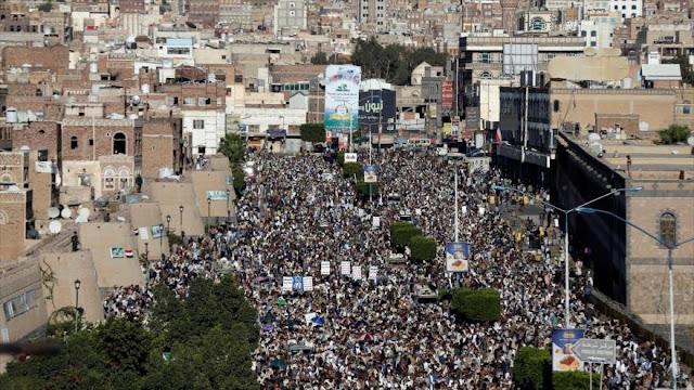 Yemeníes protestan contra 'guerra económica' lanzada por Riad