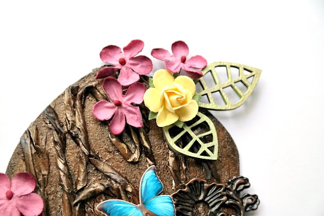 Flower Cluster Detail on Fairy Door Arch by Dana Tatar for Tando Creative