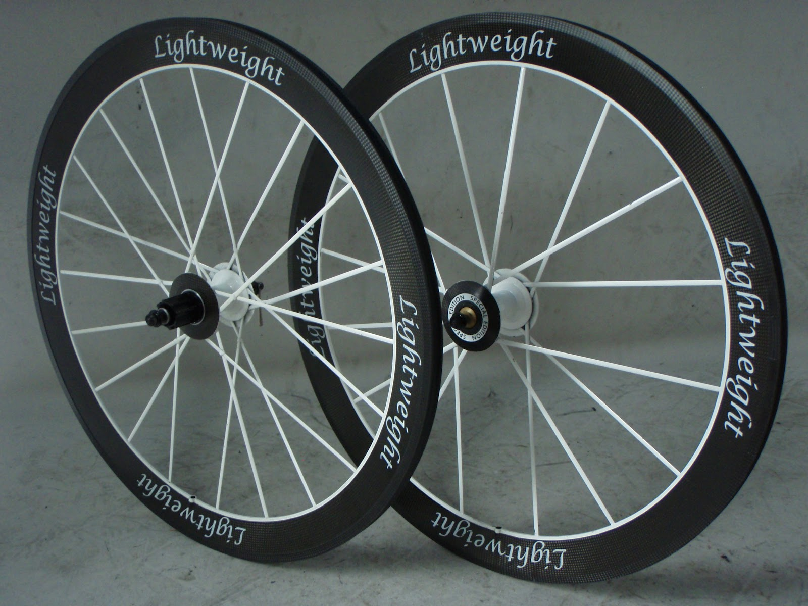 Frame and Wheel Selling Services Lightweight Standard