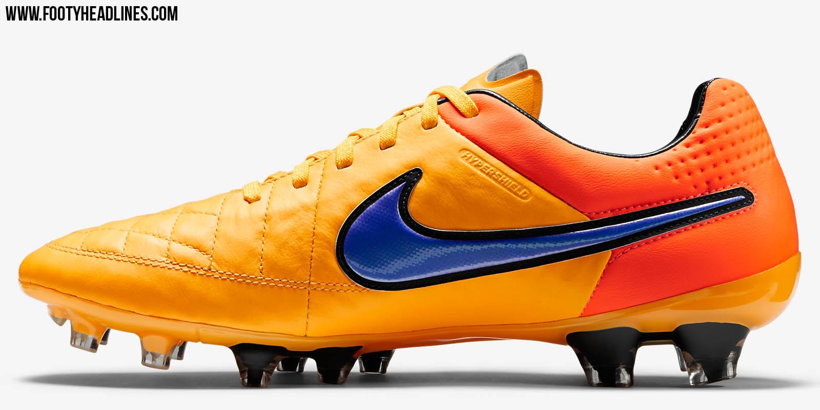 Nike Tiempo Legend Indoor Shoes