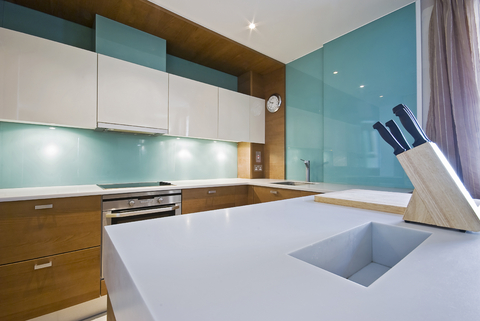 solid glass splash back kitchen
