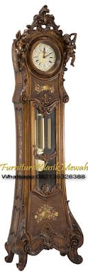 Almari Jam Ukir Jepara-Furniture Klasik Mewah.AJU106