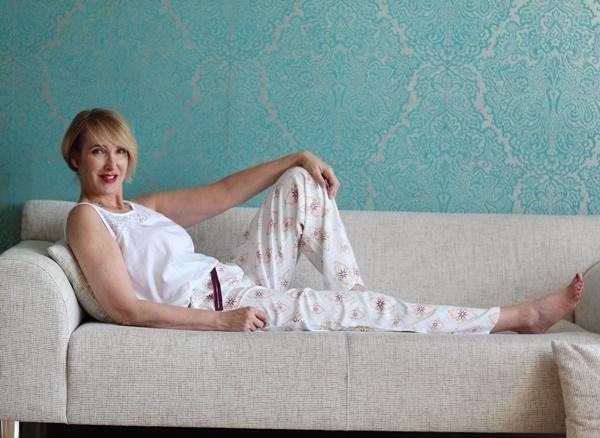 Rotes Kleid Bei Tchibo S Neuer Themenwoche Glam Up Your Lifestyle