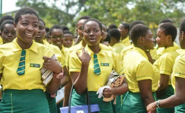 """Government To Share A Pack Of """"Kondom"""" To Each Senior High Student To Control Teenage Pregnancy"""