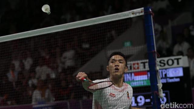 Jonatan Christie Mengalahkan Chou Tien Chen dan Raih Emas ke-23 Untuk Indonesia
