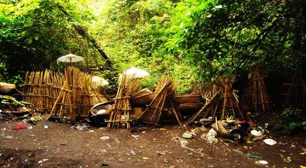 Destinasi Wisata Mistis, Kisah Mistis Menyeramkan Dunia Mistis