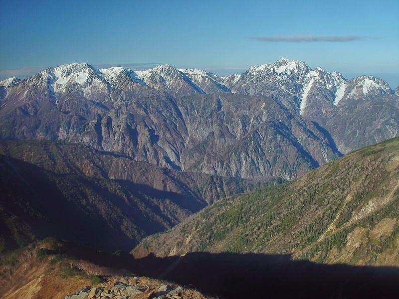 Mount Tate and Mount Tsurugi from Mount Nunobiki